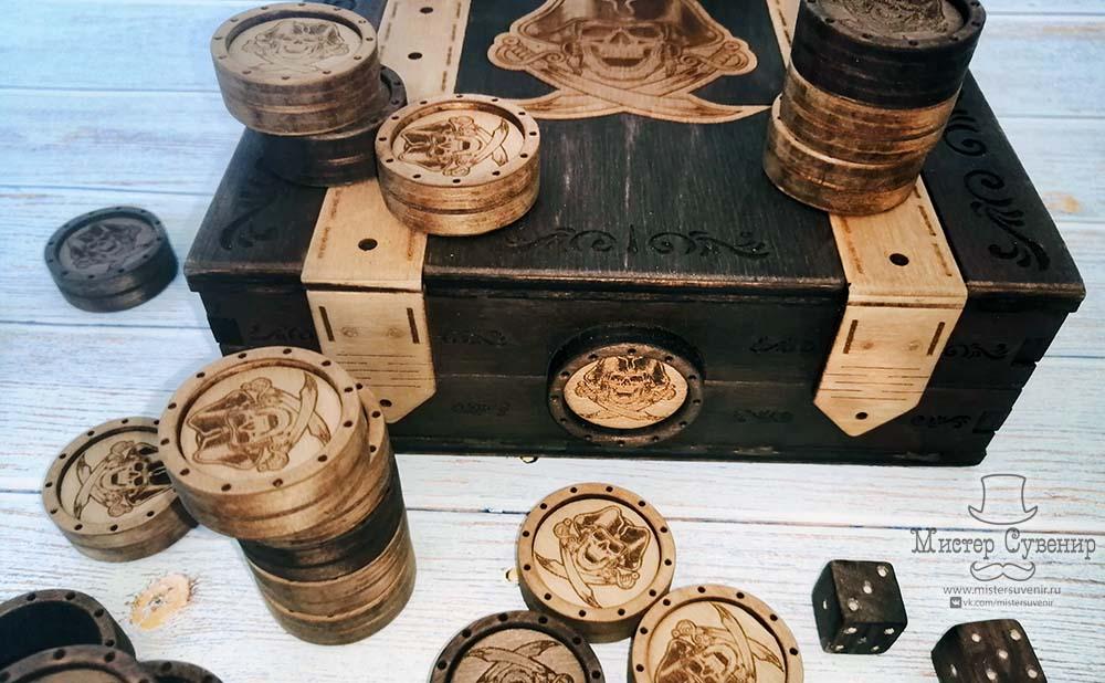 Комплект фишек/шашек «Сокровища пирата» в шкатулке