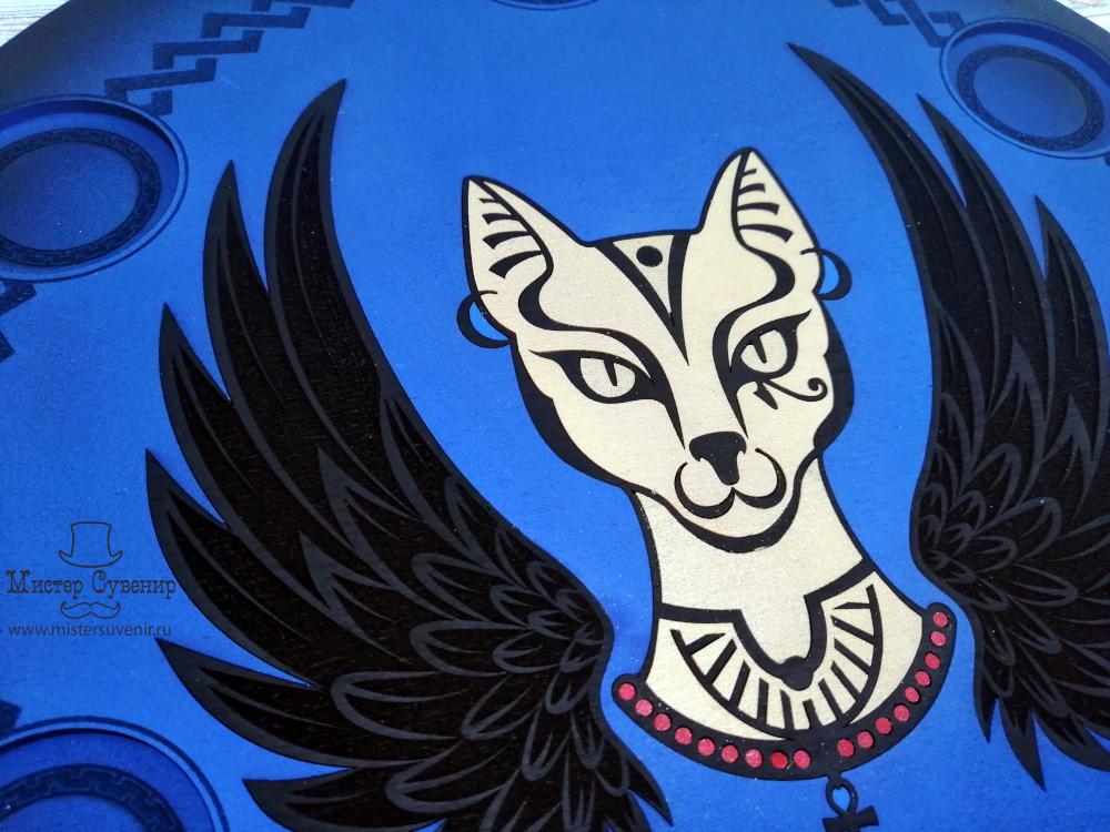 Бастет с крыльями на алтаре из фанеры