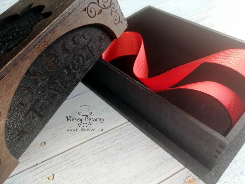 Шкатулка для карт таро в коричневом цвете