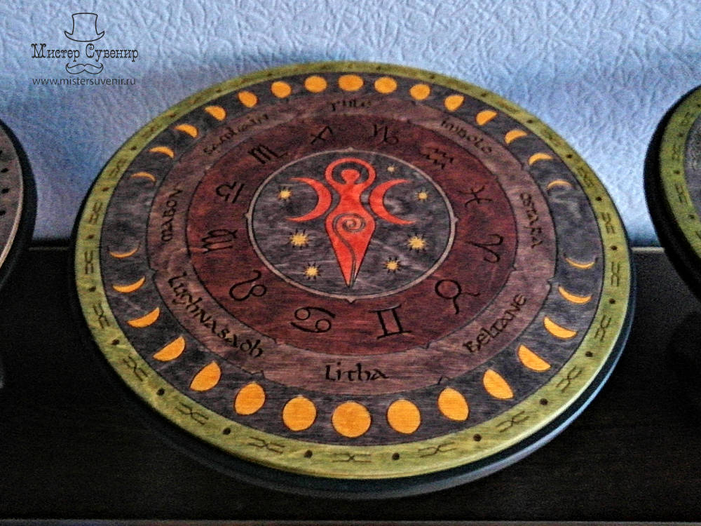 Алтарь с триединой богиней ручной работы