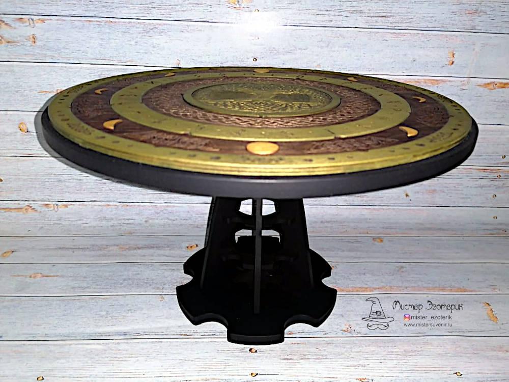 Столик ручной работы для магии