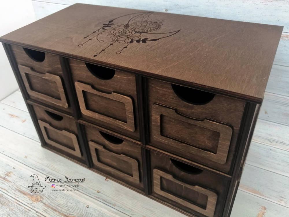 Ящики с отделением для бирки на комодике для масел